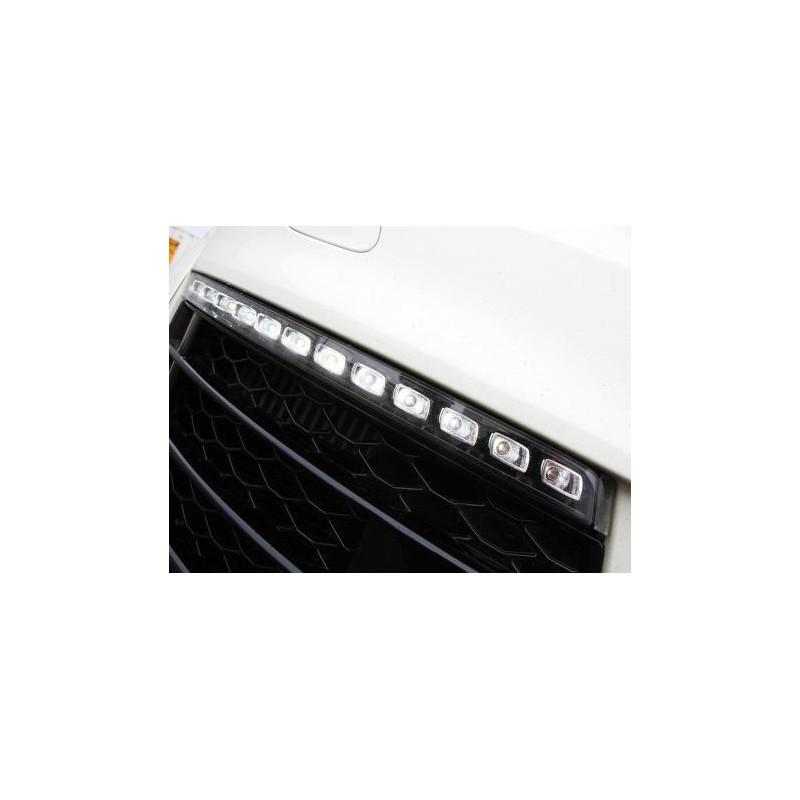 feux de jour clignotant led pour audi q7 06 09 avec nouvelles gril. Black Bedroom Furniture Sets. Home Design Ideas